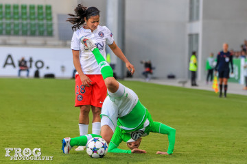 Shirley Cruz (PSG) and Isabel Kerschowski (WOB), who didn't quite stick the landing.