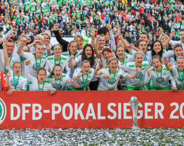 Your 2015 Frauen DFB-Pokal winner, VfL Wolfsburg.