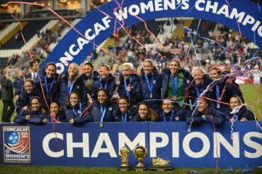 USWNT celebrates its 2014 CONCACAF Women's Championship