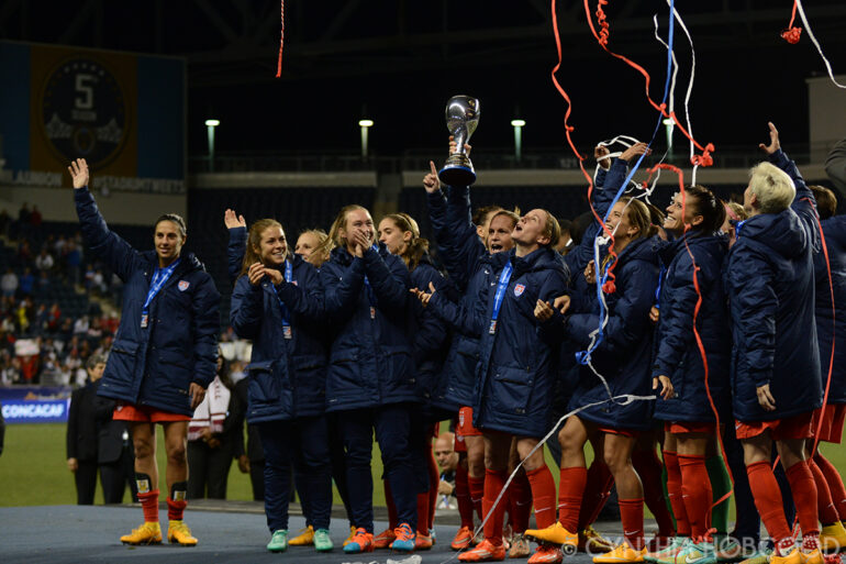 The United States celebrates winning the 2014 CONCACAF Women's Championship.