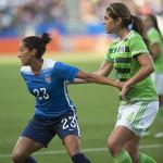 Christen Press (23) and Alina Garcíamendez (4) during the USA-Mexico international friendly on May 17, 2015.