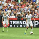 USA's Becky Sauerbrunn and Shannon Boxx.