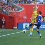 Sweden's Sofia Jakobsson and USA's Meghan Klingenberg.