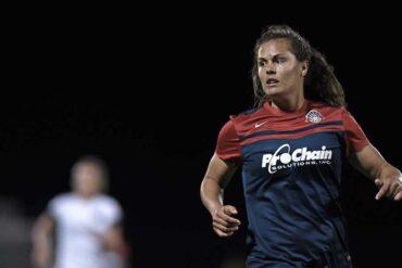 Katie Stengel for the Washington Spirit by Cynthia Hobgood
