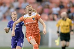 Janine Beckie for Houston Dash.