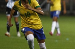 Andressa Alves for Brazil. Photo by Agencia de Noticias.