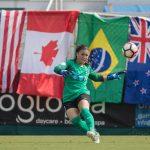 Courage's Sabrina D'Angelo distributes the ball. (Shane Lardinois)
