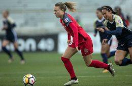 Emily Sonnett on the ball. (Shane Lardinois)