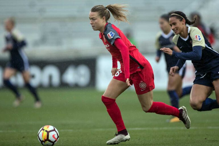 Emily Sonnett on the ball. (Shane Lardinois)