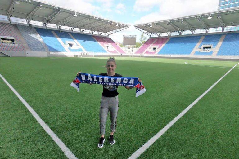 Jenna Dear with Valerenga scarf at her new stadium. (Jenna Dear)