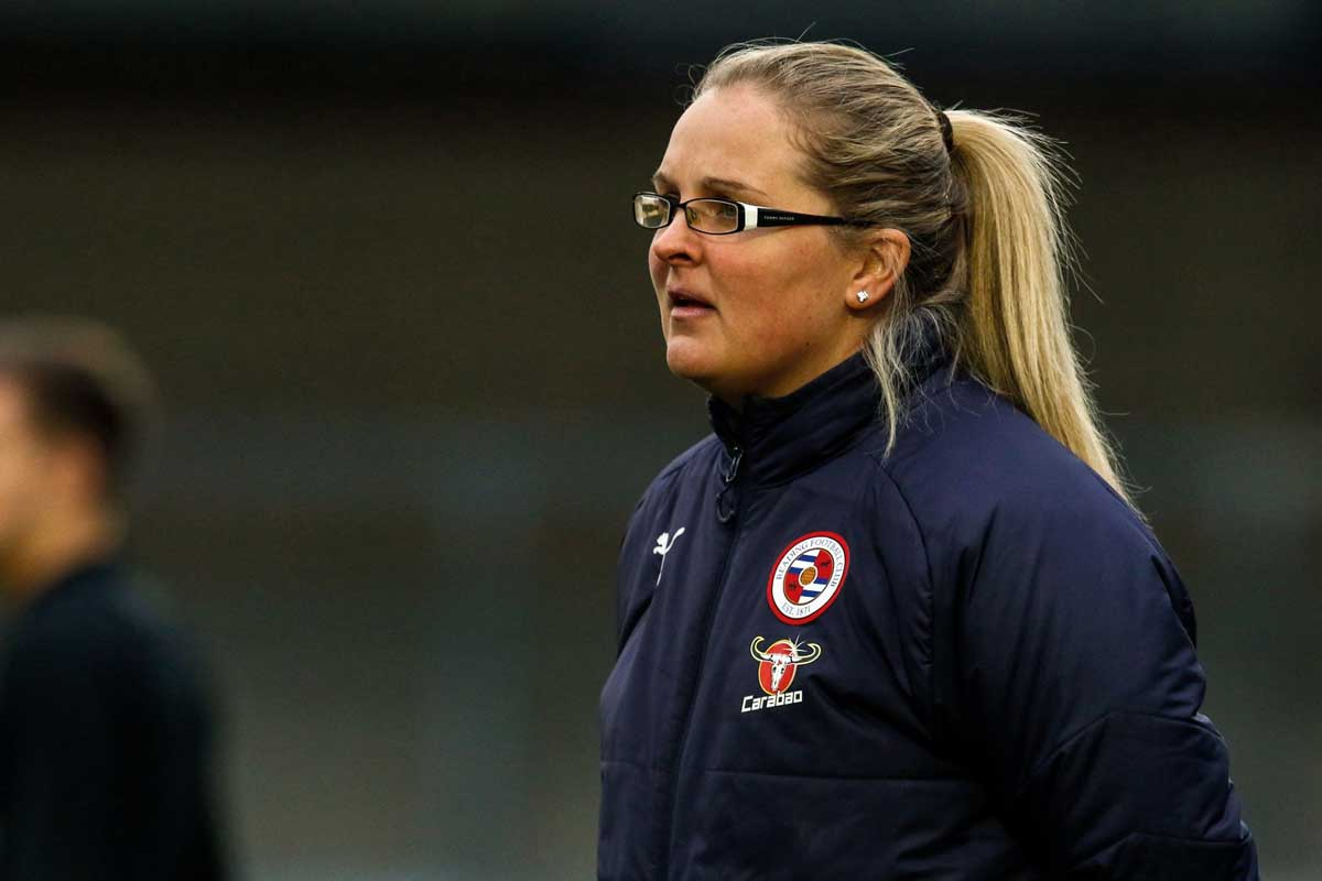 Reading head coach Kelly Chambers (Reading FC).