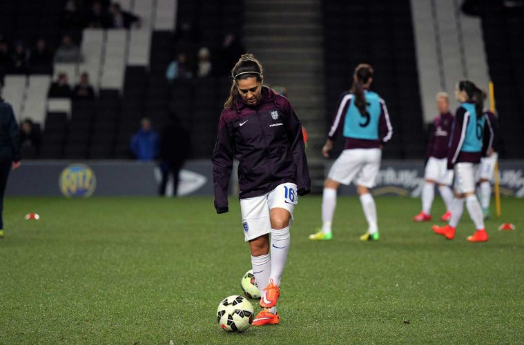 Fara Williams with the Engalnd Women's National Team. (joshjdss, wikicommons)