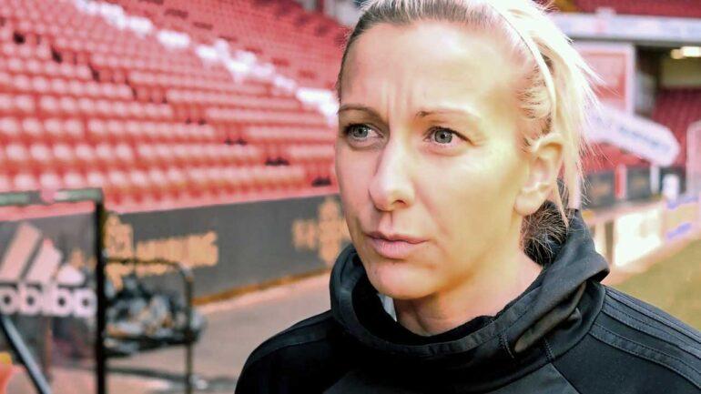 Carla Ward, head coach of Sheffield United (Sheffield United).