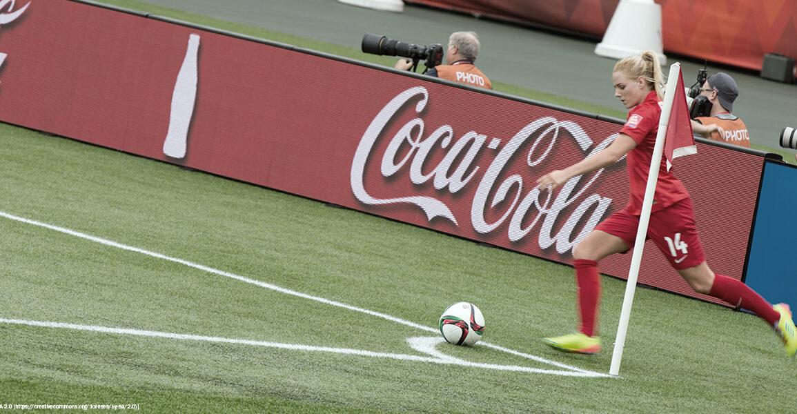 England's Alex Greenwood taking a corner kick. (IQRemix from Canada)