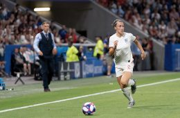 England's Lucy Bronze on the move. (Manette Gonzales / OGM)