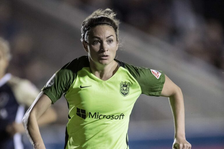 Jodie Taylor on the attack for the Reign. (Shane Lardinois)