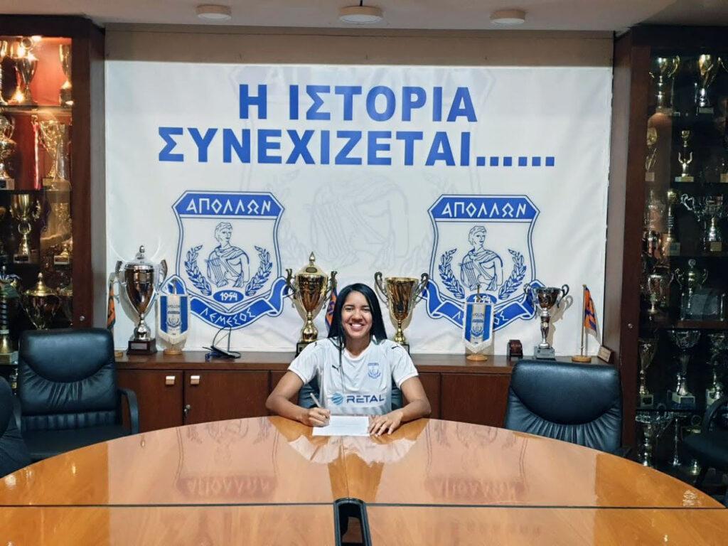 Lais Araujo signing for Apollon Ladies. (Apollon Ladies)