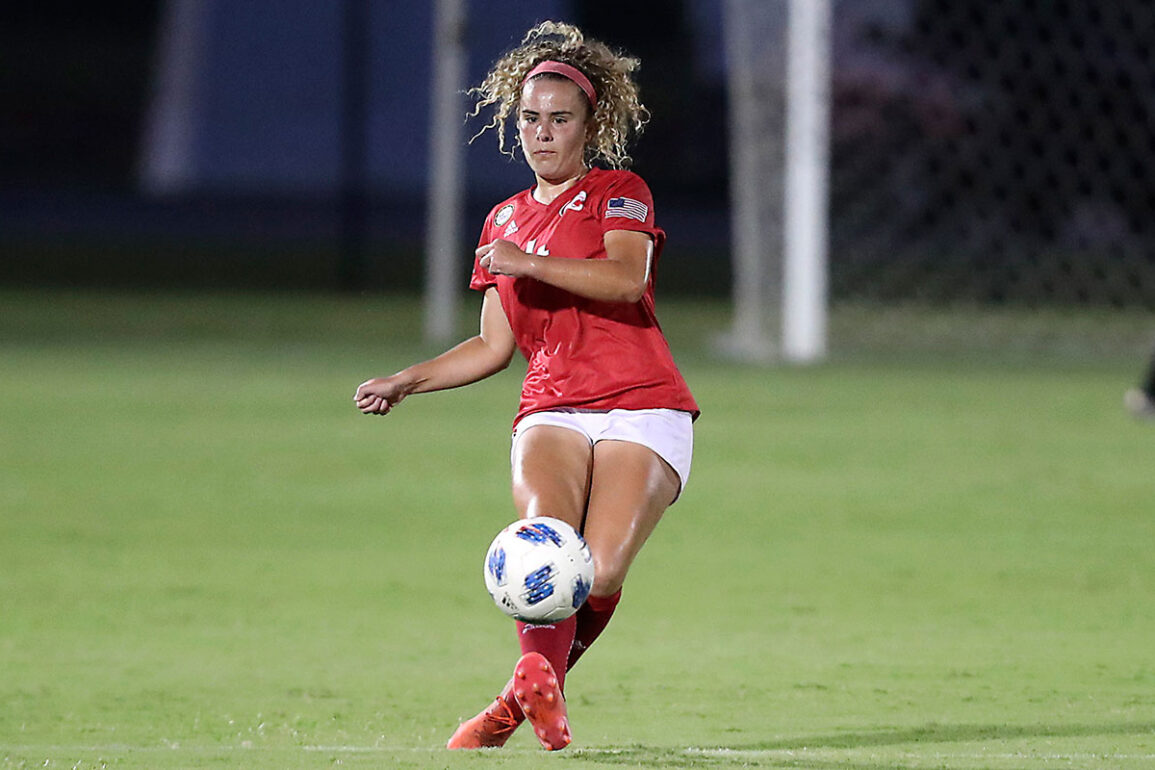 Brenna McPartlan playing for South Alabama. (Scott Donalson)